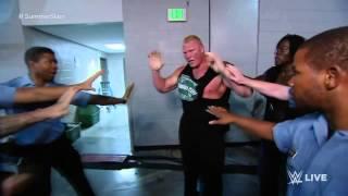 La bagarre entre Brock Lesnar et The Undertaker se déverse dans les coulisses.