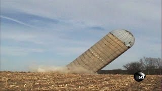 Mano a Silo | Outrageous Acts of Science