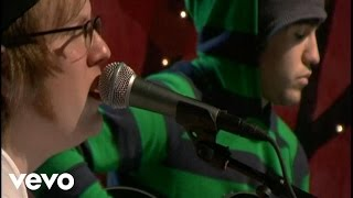 Fall Out Boy - Thnks fr th Mmrs (Unplugged for VH1.com)