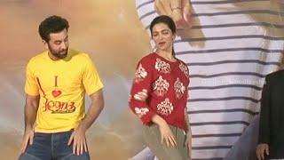 Ranbir Kapoor And Deepika Padukone Performing At Tamasha Movie Promotion.