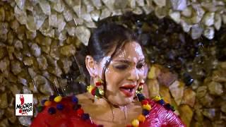 GHAZAL CHOUDHRY GARAM GARAM 2016 MUJRA - MEIN UTTEY TE TU THALEY - PAKISTANI MUJRA DANCE