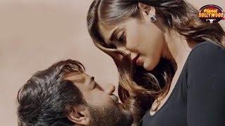 Ajay Devgn & Ileana Dsouza's Sizzling Chemistry In 'Baadhshaho' A Hit Amongst Fans | Bollywood News