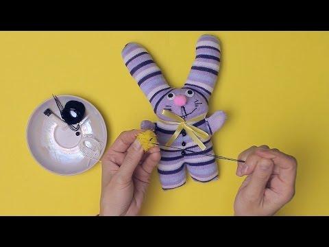 Как сделать игрушку погремушку
