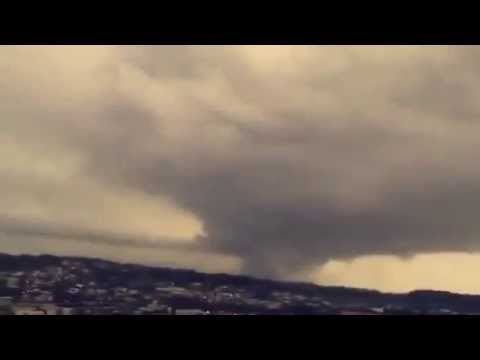 Tornado atinge Francisco Beltrão no Paraná Brasil.