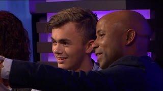 Humberto ontdekt de grootste fan van Flemming - RTL LATE NIGHT