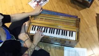 Harmonium Lesson #4 - Asato Ma Sad Gamaya