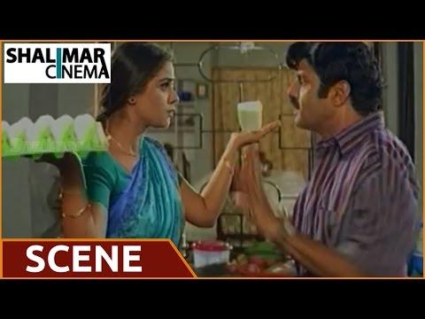 Balakrishna Kissing Simran's Body