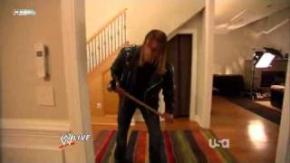 Triple H chez Randy Orton