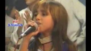 Paroon na malomedey  by small girl