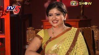 TV Serial Actress Pallavi Interview | Sharing Savithri Serial Experiences | Telugu News | TV5 News