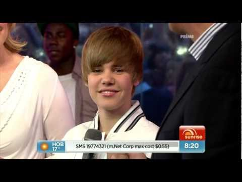 Download JUSTIN BIEBER - Baby Baby Baby (FULL HD 1080p) free
