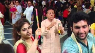 Sindhi Bhajan Thar Mata Thar with Dandiya Raas | Satram Chugh