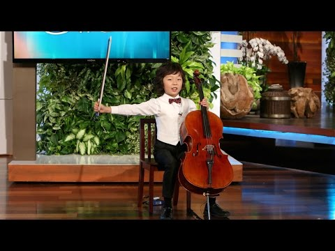 Amazing Young Cellist Wows the Audience