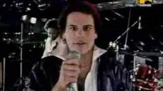 KC & The Sunshine Band - Please don't go (hi quality sound)