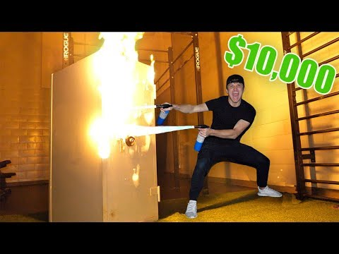 I Bought a 10 000 Mystery Safe at an Auction & You Won't Believe What I Found…