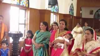 Isabelle Lisa and Santhosh Wilson singing Navil En Eeso Than Namam