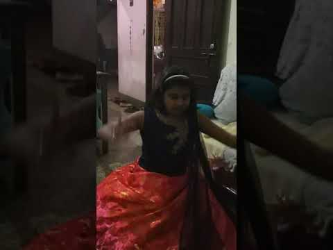 Nandini dance on dholida dhol baje song