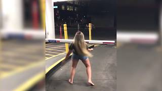 Girl with HUGE BOOBS does the LIMBO!