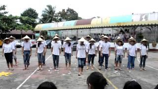 Sabayang Pagbigkas - Pag-ibig sa tinubuang lupa 10-Rembrandt 2011-2012 ICS