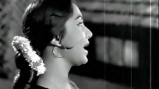 TERA MERA PYAR AMAR.... SADHNA. ASLI -NAQLI 1962
