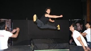 Tiger Shroff's Live STUNTS During Baaghi Promotions
