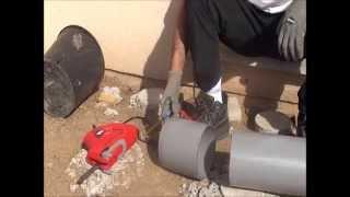 comment couper tube en pvc avec scie sable pour plot en béton armé