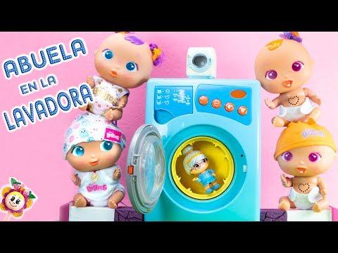 😂 LOS BEBÉS BELLIES METEN A LA ABU CLOE EN LA LAVADORA Lavamos los pañales de los 8 bebés 🤢 🍓