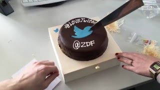 Twitter wird zehn!! Unboxing Birthday Cake - #Büroleaks | ZDF