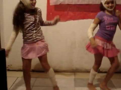 meninas acidentadas dançando forró as princesinhas do forró