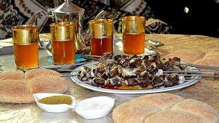 مائدة عيد الأضحى مع تحضير الخبز والشاي المغربي وعيد مبارك سعيد