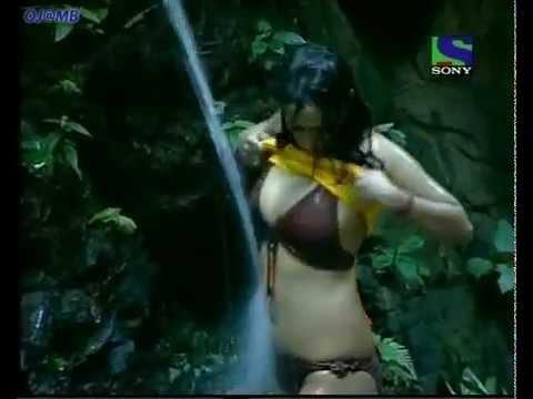 kashmira shah hot in Big Boss TV Show