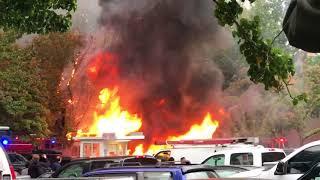 Food Cart Pod explosion, fire in Portland