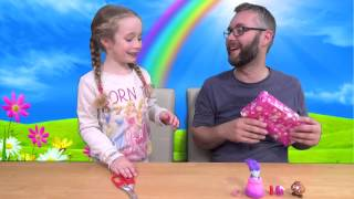 Blind Bag 50 Pass The Parcel - Isabella vs Daddy