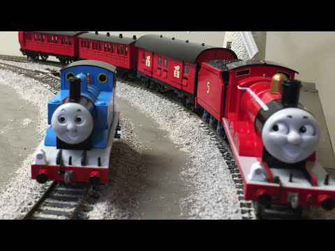 James Gets A New Red Coach Bachmann Thomas & Friends Trains