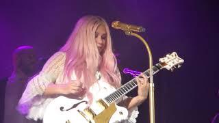 Kesha - Your Love Is My Drug (HD) - Electric Brixton, London - 14.11.17