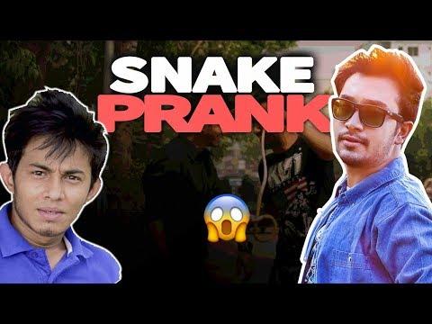 EPIC SNAKE PRANK | d knockers| funny snake video 2017 |  Bangla lates Prank Video 2017 | Ft-Jovan