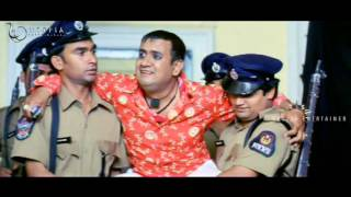 Gullu Dada Superb Dance Comedy Video - Fun Aur Masti (FM) Movie Scenes