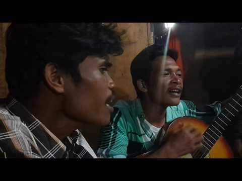 Pulanglah Uda Lagu padang oleh orang batak trio lapo