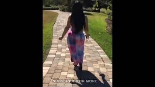 very big ass women walk
