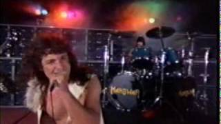 Manowar - Gloves Of Metal.mpeg