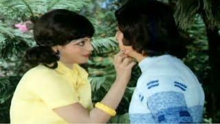 Danny gets offended on Rekha, Kali Ghata - Romantic scene 2/12