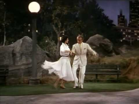 FRED ASTAIRE and CYD CHARISSE Dancing in the dark at the Central Park