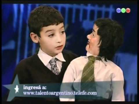 el ventrilocuo mas chico del mundo
