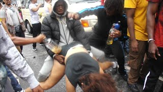 NOTTING HILL CARNIVAL WHINING/DAGGERING COMPILATION