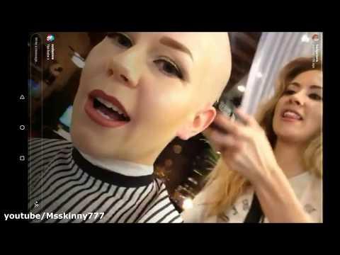 Female barbershop headshave