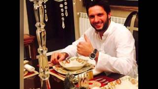 Shahid afridi daughter's must video plzzz see it