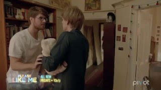 The Struggle Is Real ('Please Like Me': Season 3, Episode 8 Clip)