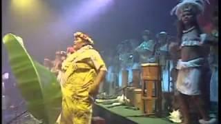 E Vahine Maohi e - Fenua en Concert (Tahiti 2002)