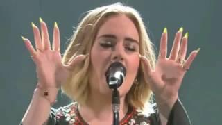 Adele - Skyfall (Live 2016 Glastonbury Festival)