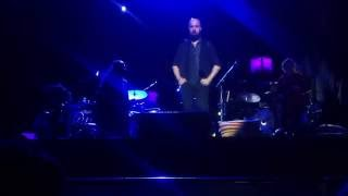 Paul Simon - Stranger to Stranger (feat. Sergio Martínez, cajón y Nino de los Reyes, baile.)
